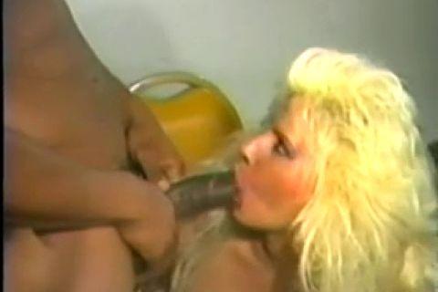 Порно сосущая шлюха — photo 5